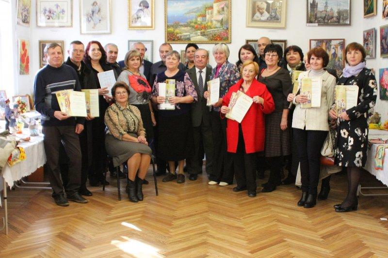 Выставка ветеранов ОВД «Талант не уходит в отставку»